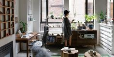 How to Optimize Your Studio Apartment Living Space – Getting the Right Furniture - Think Home Office Ikea, Home Office, Artistic Room, Trendy Mood, First Apartment, York Apartment, Apartment Interior, Studio Apartment, Apartment Design