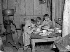 Photo Curio: Throwback Christmas dinner