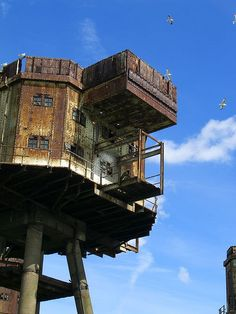 The Thames Sea Forts...Ok, it's not a tree house, but it is cool...lol