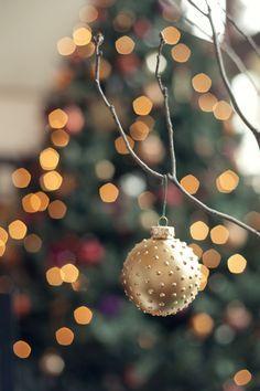 25 DIY Christmas Ornaments - thewhitebuffalostylingco.com