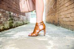 #Mascara Melodies Jessica simpson heels