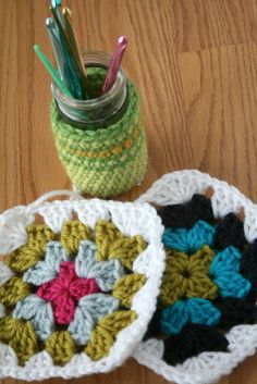 Blue Corduroy: how to crochet a granny square