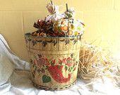 Vintage 1930's Maple Syrup Bucket / Art Piece  / Collectible / Autumn Decor