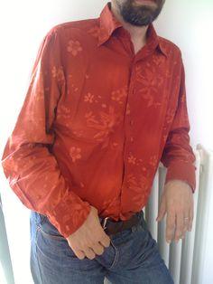 Ecco camicia rossa! Quale vi piace di più?