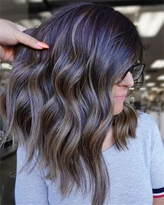 Fall Hair color Ideas For Fashion Women - Nail Art Connect Peeling Nails, Fall Hair Colors, Brown Hair, Nail Art, Hairstyle, Long Hair Styles, Womens Fashion, Beauty, Brown Scene Hair