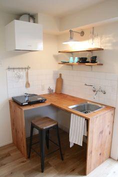 Very Minimalist Kitchen Set Ideas Mini Kitchen, Kitchen Sets, Home Decor Kitchen, Kitchen Furniture, Home Kitchens, Diy Furniture, Modern Kitchens, Kitchen Design Open, Interior Design Kitchen