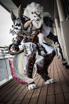 Rengar from League of Legends byAsgardian Fraud - Workshop & Cosplay NestPhoto byArtflower Fotografie