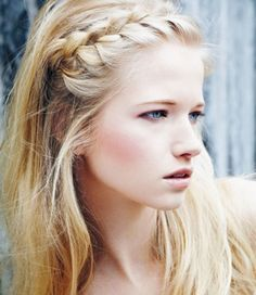 20 Hairstyling Hacks All Girls Could Benefit From Knowing - Texturize Milkmaid Braids