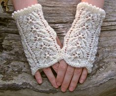 Wedding gloves White lace knit arm warmers Bride di echocraftings