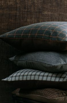Kyodo, Oru, Pittari and Koshijima Woollen Cushions Bed Linen Design, Bed Design, Linen Fabric, Linen Bedding, Fine Linens, Store Hours, Contemporary Interior, Interior Decorating, Cushions