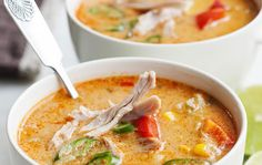 Kuuma broilerikeitto My Cookbook, Gluten Free Cooking, Cheeseburger Chowder, Thai Red Curry, Chili, Soup, Ethnic Recipes, Fine Dining, Red Peppers