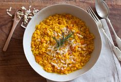 It's saffron season in Italy... which means gorgeous saffron risottos, like this one!