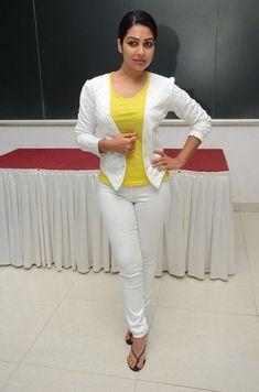 Satna Titus Photos at Bitchagadu 50 Days Event Indian Actress Hot Pics, South Indian Actress, Indian Actresses, Holi Girls, Churidhar Designs, New Girl, Bollywood Actress, Sexy Outfits, Beauty Women