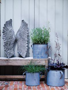 Stone Effect Angel Wings NEW - Outdoor Living - Garden