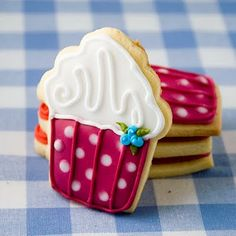 Don't want to make cupcakes? Make these precious cupcake shaped cookies. Use your imagination!
