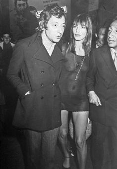Jane Birkin and Serge Gainsbourg Serge Gainsbourg, Gainsbourg Birkin, Jane Birkin, Nautical Outfits, Nautical Clothing, Provocateur, Date Outfits, Celebs, Celebrities