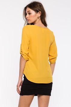 Блуза Размеры: S, M, L Цвет: бежевый, розовый, горчичный, малиновый Цена: 1353 руб.     #одежда #женщинам #блузы #коопт