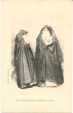 femmes algériennes voilées