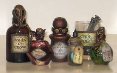 witch crafts: WITCH'S APOTHECARY