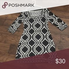 Black and white dress Lightly used- maybe 2 or 3 times White House Black Market Dresses Long Sleeve