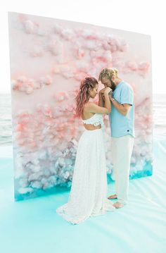 Inspiration Party / Mariage Californien au bord de mer, aux couleurs Acidulées. Photobooth original, dans les tons pastel comme un nuage. /Inspiration Party / Wedding Californian seafront, colors Acidulées. Photobooth original, in pastel shades like a cloud.