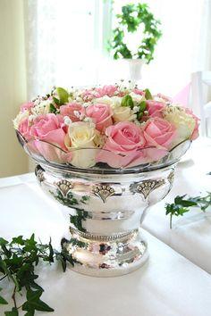 silje-sin: Barnedåp Flower Bouquets, Flowers, Hair, Design, Decor, Floral Bouquets, Whoville Hair, Decorating, Floral