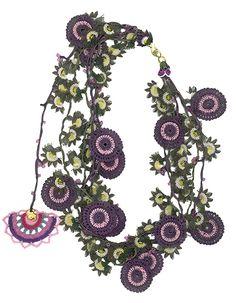 Oya needle crocheted necklace by Hülya Özer