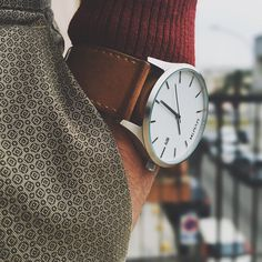 Men's White/Tan Leather Watch.
