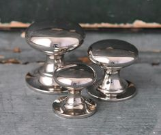 Reproduction polished nickel cupboard knobs. Made in the UK.