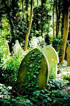 Highgate Cemetery by elrina753, via Flickr