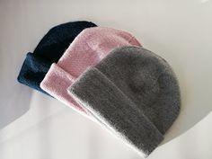 Ravelry: The Sweet Isla Beanie pattern by Elizaveta Klimenko Free Knitting, Free Crochet, Knitting Patterns, Knit Beanie Pattern, Crochet Bikini Pattern, Cute Beanies, Knitting Projects, Caps Hats, Ravelry