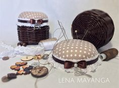 Pin Cushions, Diy And Crafts, Basket, Cushion Ideas, Crochet, Barbie Patterns, Paper Crafting, Hampers, Pictures