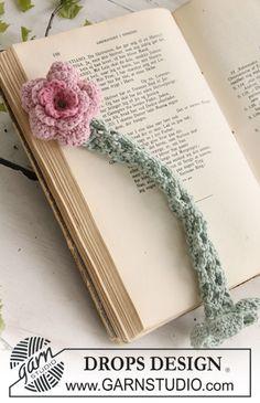 """Gehaakte boekenlegger met DROPS bloem van """"Safran"""". ~ DROPS Design"""