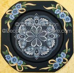 Cut Corner Plate Pattern - Lorraine Morison - PDF DOWNLOAD #paintingpattern #epattern #paintedlace #paintedplate
