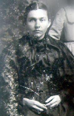 Charlotte Lovella Waggoner (1862 - 1951) 1st cousin of wife of 1st cousin 2x removed of husband of 2nd cousin 1x removed of husband of sister-in-law of 1st cousin of wife of grand nephew of wife of 2nd cousin 6x removed