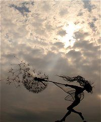 Robin Wight - Fantasy Wire Fairies Sculpture
