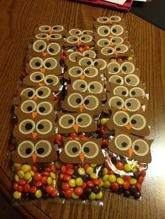 Owl goodie bags for a Halloween or Fall Harvest party - Perfect for C's class since their school mascot is the owl.