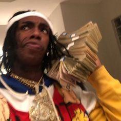 ynw melly pictures with money Rapper Wallpaper Iphone, Mood Wallpaper, Flipagram Instagram, Fille Gangsta, Johny Depp, Cute Rappers, Current Mood Meme, Jamel, Man Crush Everyday