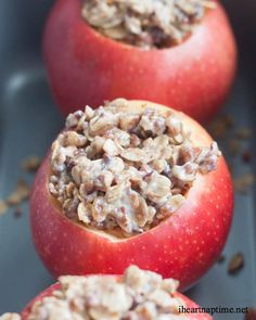 Cinnamon Oat Baked Apples ...yum! Like an apple pie but healthier!