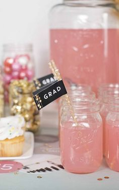 Top 29 Best High School Graduation Party Ideas to Guaranteed WOW Your Guests! Top 29 Best High School Graduation Party Ideas to Guaranteed WOW Your Guests! Pink Graduation Party, Graduation Party Planning, College Graduation Parties, Graduation Celebration, Grad Parties, Graduation Gifts, Graduation Ideas, Graduation 2016, Graduation Quotes