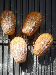 Sweet Tidings: recipe French Madeleines