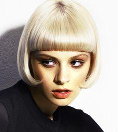 Haarschnitt mittelblond
