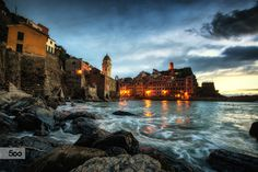 Vernazza Sunset by Aaron Choi