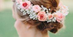 Las flores como protagonistas de tu peinado de novia #Entrebastidores http://blog.higarnovias.com/2017/01/17/las-flores-como-protagonistas-de-tu-peinado-de-novia/