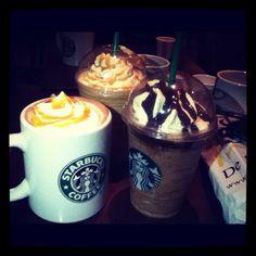 I do love Starbucks! Morningggg is time to go at work :(((