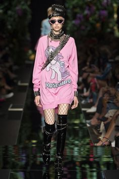 Moschino Spring/Summer 2018 Ready-To-Wear