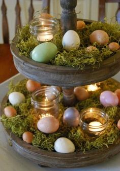 Easy DIY Dollar store Easter decorations and easter crafts. Tiered Easter egg display idea for the table or centerpiece. The Best Easy DIY Easter Decoration Ideas. Hoppy Easter, Easter Bunny, Easter Eggs, Easter Food, Easter Cake, Easter Dinner, Easter Party, Diy Osterschmuck, Easy Diy