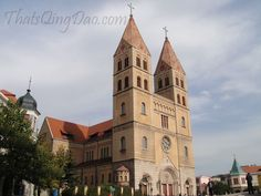 St. Michael's Cathedral (圣弥爱尔大教堂) – Qingdao Old Town / On my first tour I was taken to St. Michael's Cathedral. I was surprised that there was a Catholic Cathedral there in China.