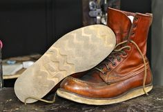 #shoes #boots #mensoutfits #menswear #fashion #mensfashion #braap Red Wing 877, Fashion Boots, Mens Fashion, Red Wing Boots, Rugged Style, Vintage Boots, Motorcycle Boots, Leather Shoes, Combat Boots