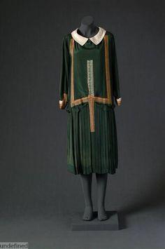 Day dress, Jean Patou, 1925-1927. Mode Museum.